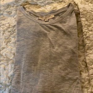 Long sleeve shirt.